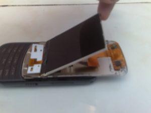 Nokia C3 03 touchcreen tidak berfungsi